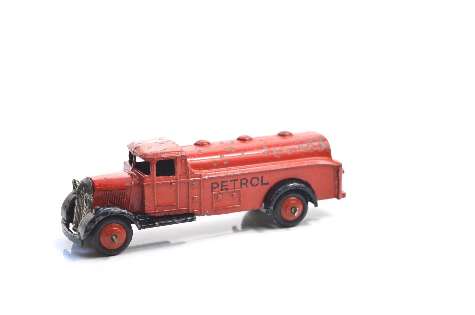 Joyeux noel Dinky Essence 25D Wagon-citerne | Belle Couleur  | Larges Variétés  | Le Prix De Marché  | D'être Très Apprécié Et Loué Par Les Consommateurs