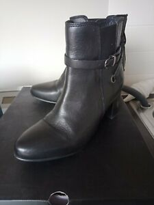 Leather Ladies NOVO Black Ankle Boots
