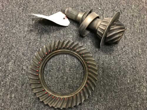 Dana 30 4.10 Spicer OEM Ring and Pinion LOW MILEAGE Excellent Condition