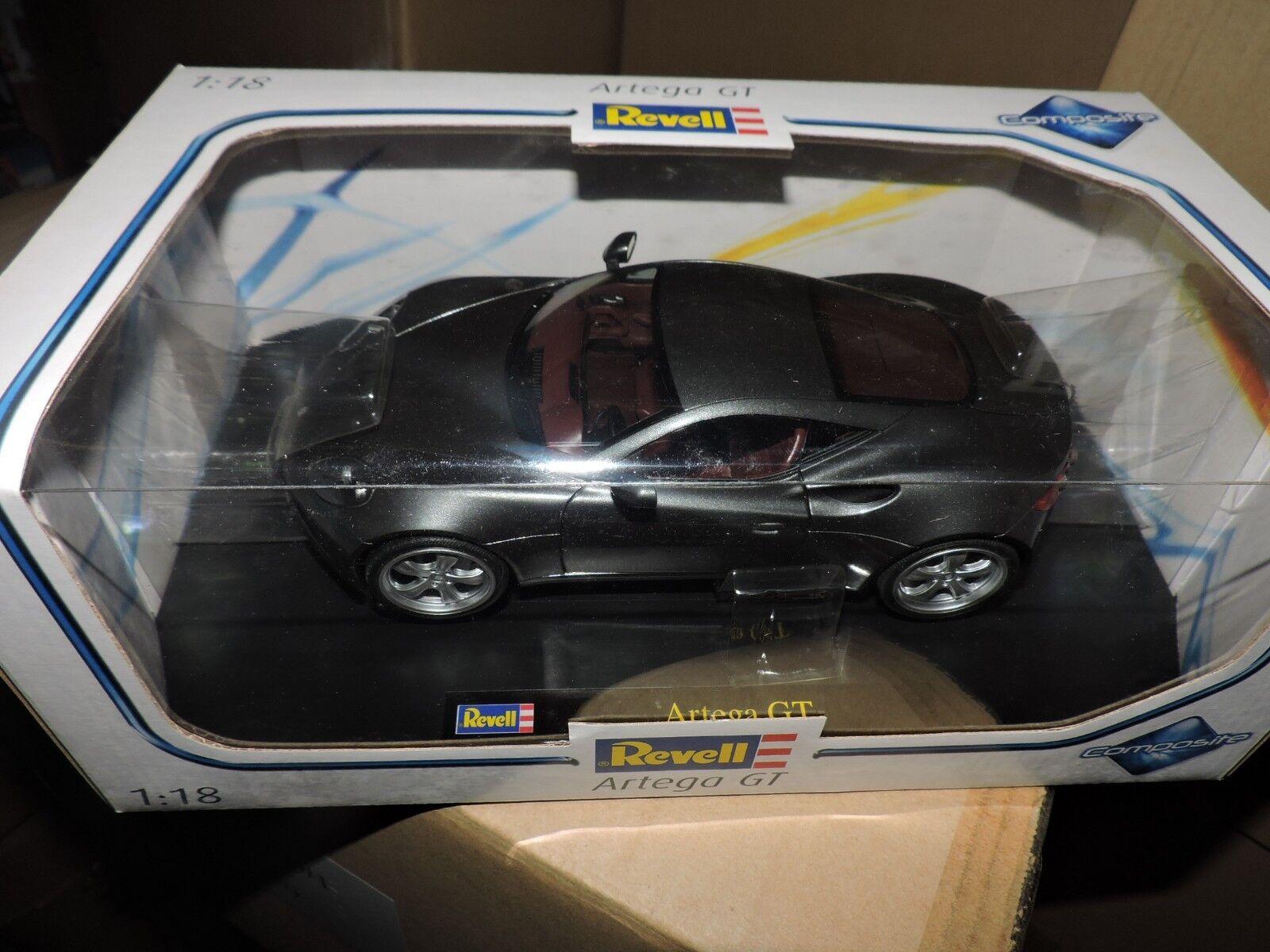 REVELL 1/18th SCALE DIE CAST ARTEGA GT # 09024 BOX SCUFFED