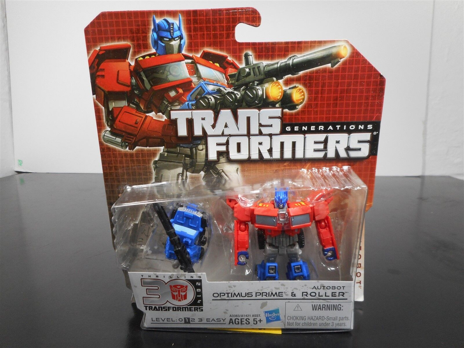 MINT & SEALED  TRANSFORMERS GENERATIONS OPTIMUS PRIME & ROLLER THIRLLING 30 5-12