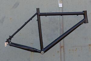 Mountainbike-Rahmen-54-cm-Alu-schwarz-matt-26-034-Disc-amp-V-Brake-NR037
