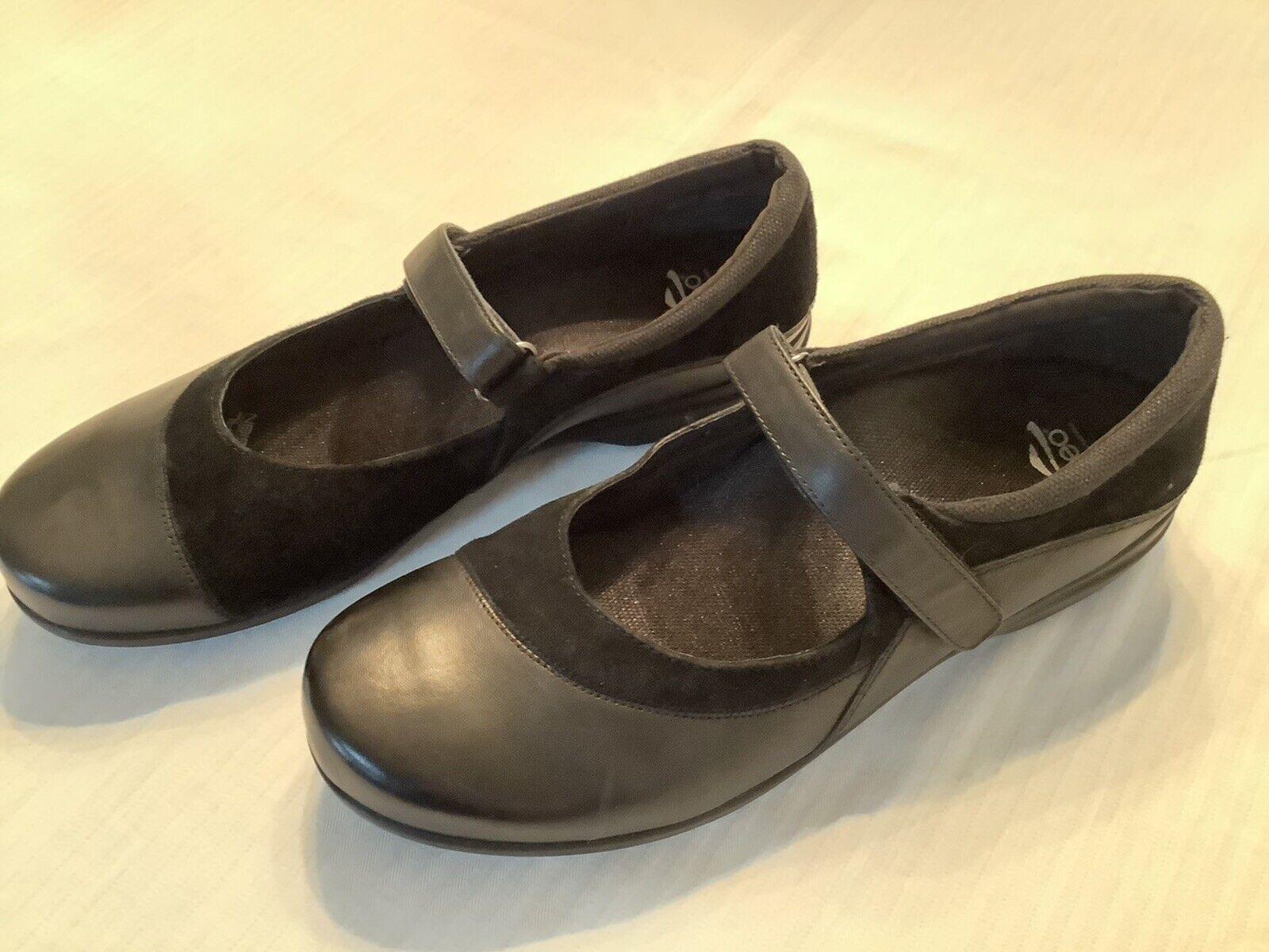 Abeo Ladies Sz 10 M Black Leather Suede Mary Janes