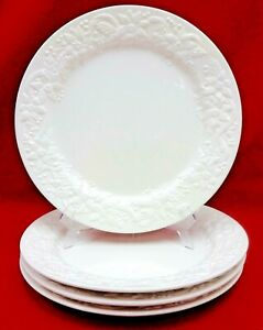 NOBLE-EXCELLENCE-china-CHRISTMAS-POINSETTIA-pattern-Dinner-Plate-Set-of-4