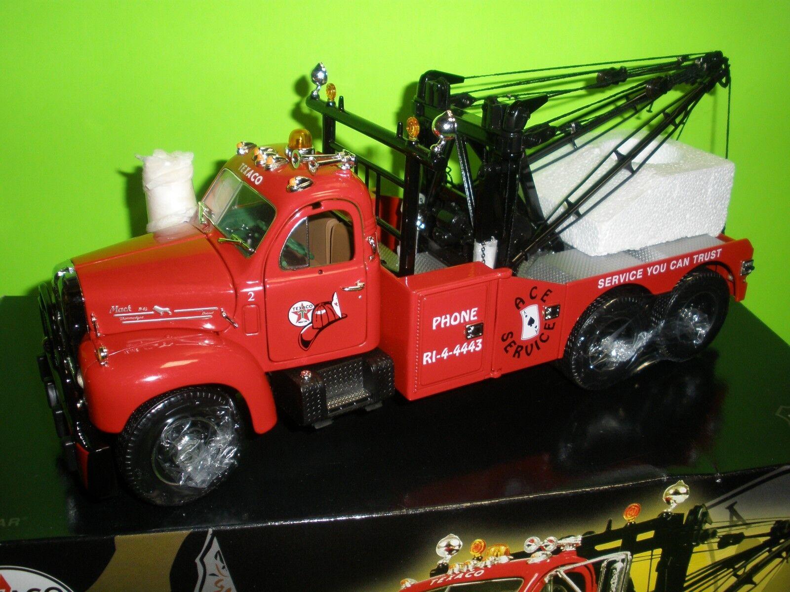 First Gear 1960 B Mack Wrecker Tow Truck 1st Gear Texaco 1 25 MIB