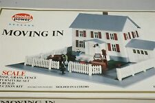 HO 1/87 Scale Building Kit Model Power 484 Moving In House Plastic