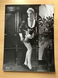 Franca-Poleselle-Pressefoto-039-64-in-034-Amore-in-4-Dimensionen-034-sexy