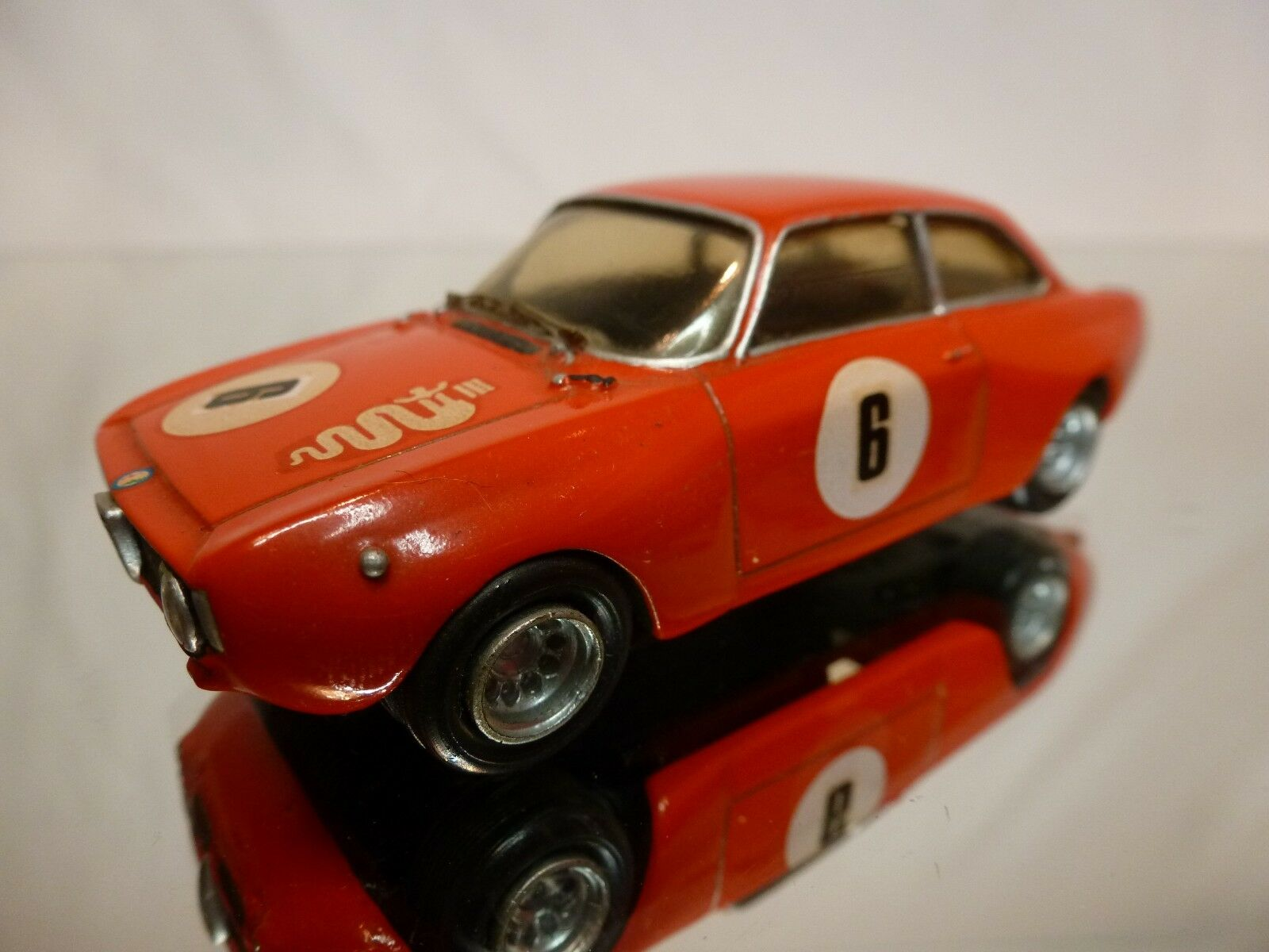 PROVENCE MOULAGE KIT built ALFA ROMEO GTA - rouge 1 43 - NICE CONDITION
