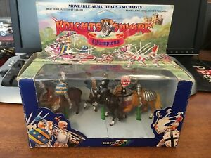 Britains 7803 Chevaliers Des Champions Sword 3 Mounted - Boxed