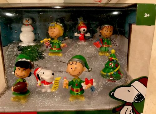 Peanuts CHRISTMAS Holiday 8 Piece Figure Set New Snoopy Charlie Just Play RARE