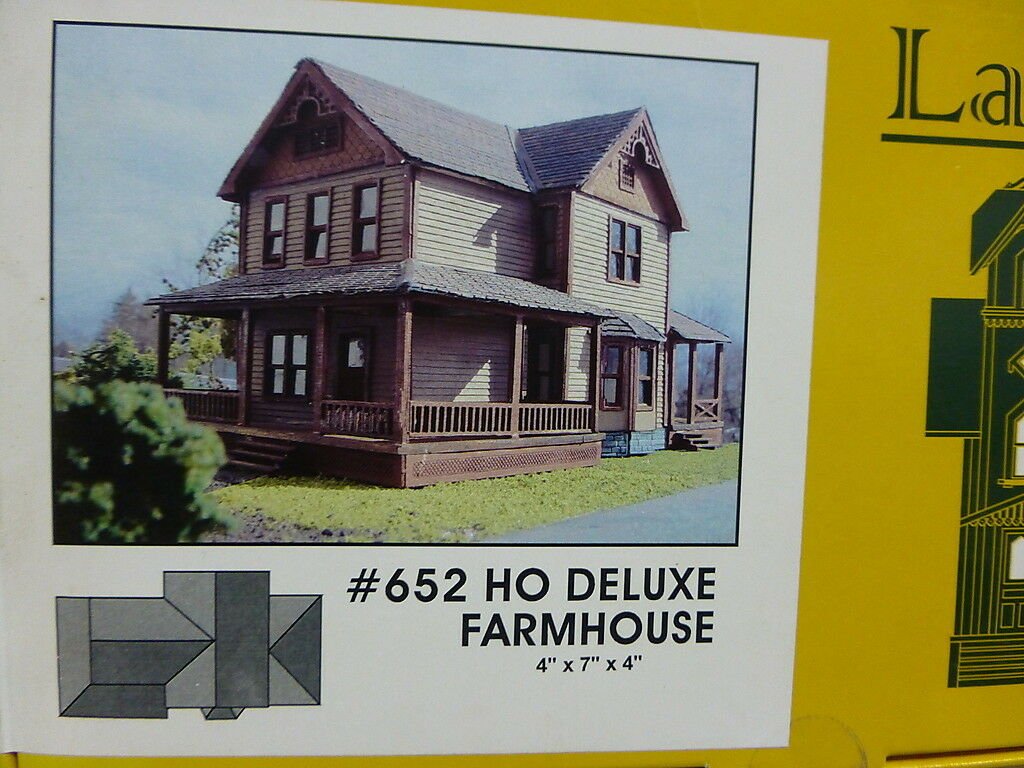 Branchline Laser-Art Structures HO The Farmhouse Deluxe Version 4x7x4  kit