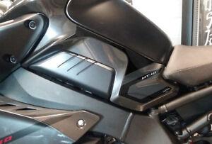 2 PROTEZIONI LATERALI SERBATOIO in GEL 3D compatibili per moto BENELLI TRK 502