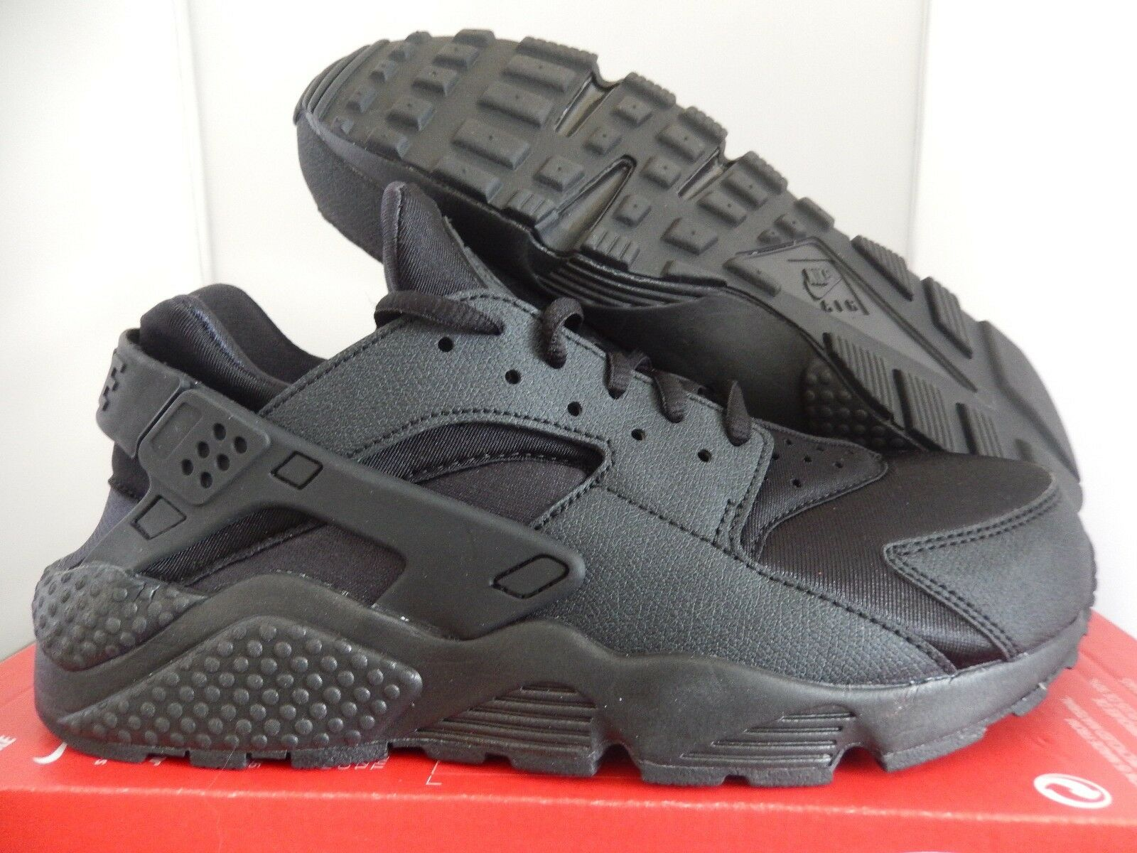 WMNS NIKE AIR HUARACHE RUN BLACK-BLACK SZ 9 [634835-009]