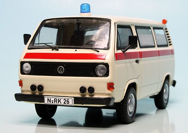 Premium ClassiXXs 1 43  VW T3a Ambulance  Deutsches redes Kreuz DRK  ART-11461