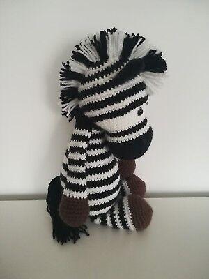 Amigurumi Zebra Free Pattern | 400x300