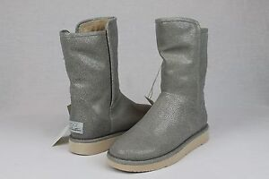 Image is loading UGG-COLLECTION-ABREE-SHORT-STINGRAY-ASH-LEATHER-BOOTS-