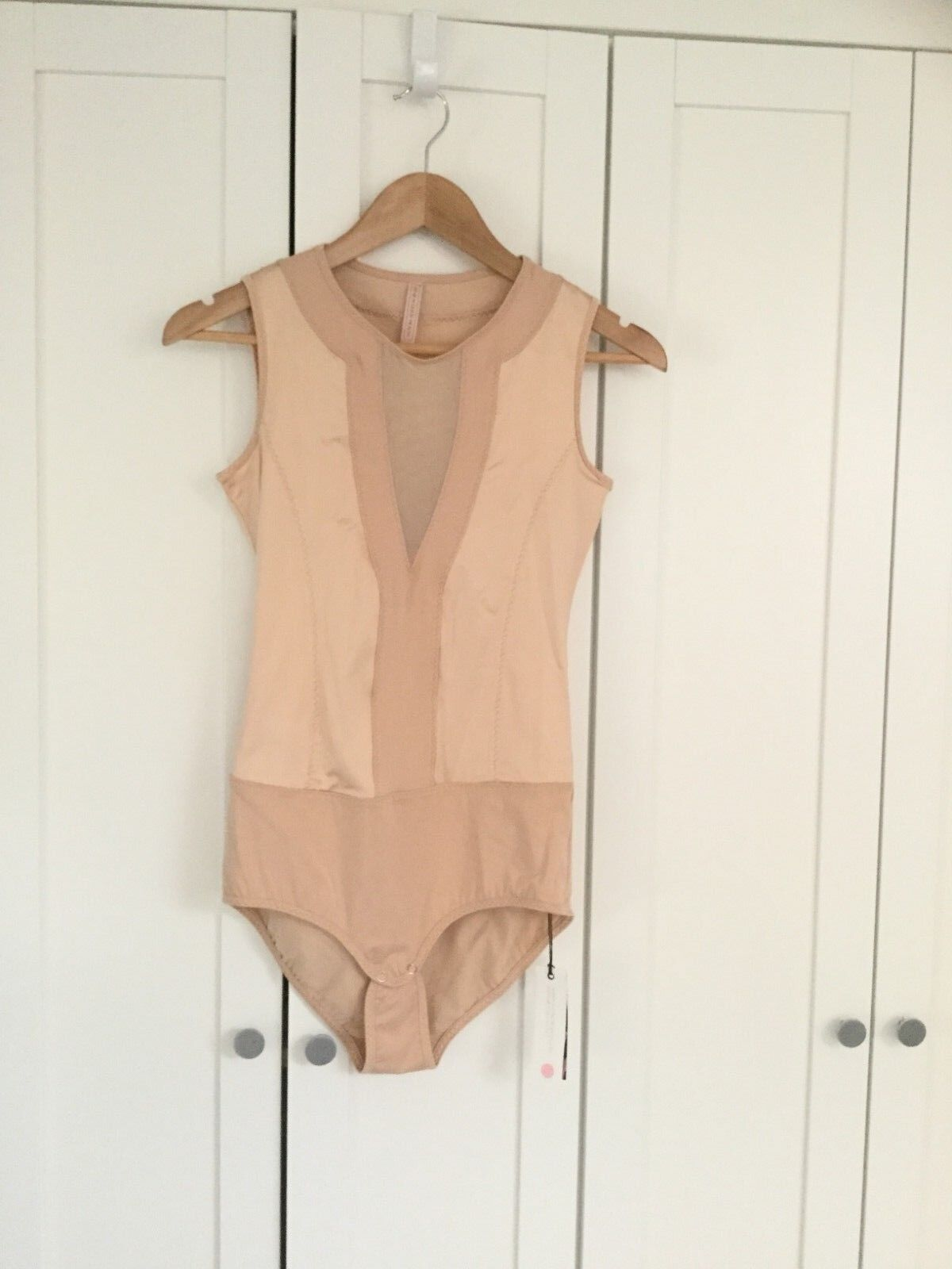 NWT WEAR IN GOOD HEALTH Woherren sz XS Toasted Almond Italian Mesh Bodysuit