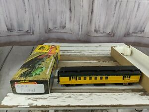 C-amp-W-chicago-northwestern-post-office-9436-united-states-car-toy-HO-freight