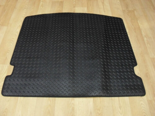 Ford Mondeo 2001-2007 Fully Tailored H//D Rubber Estate Boot Mat in Black