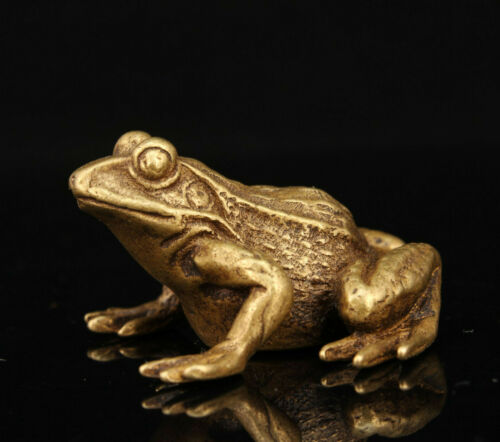 China Hand-carved Retro Brass Mini Frog Statue Collectible