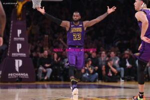 LEBRON JAMES DUNK POSTER 24 X 36 INCH