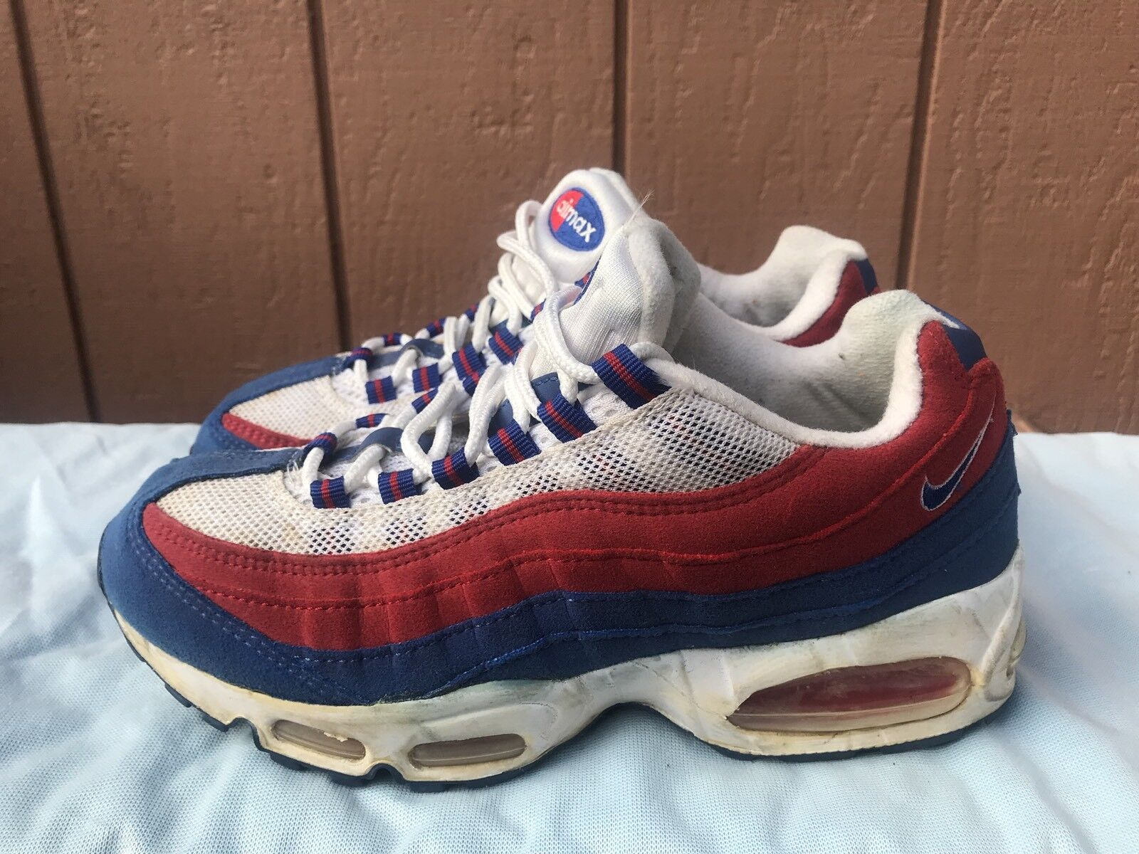 RARE NIKE WOMEN'S AIR MAX '95 ATHLETIC SHOES SIZE US 8.5 698014 142 A3