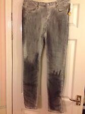 BNWT H&M Mens Slim reg waist Grey Jeans from  size 33/32  RRP £29.99