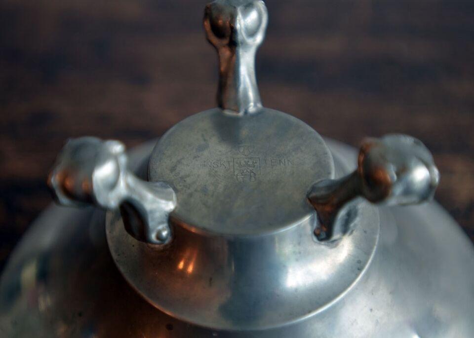 Tin, Trefodet skål