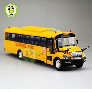 1-42-New-Yellow-School-Bus-Coach-Diecast-Car-Toy-Model-YuTong-ZK6109DX