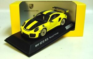 1-43-SPARK-2017-Porsche-911-991-II-GT2-RS-yellow-Weissach-RARE-DEALER-PROMO