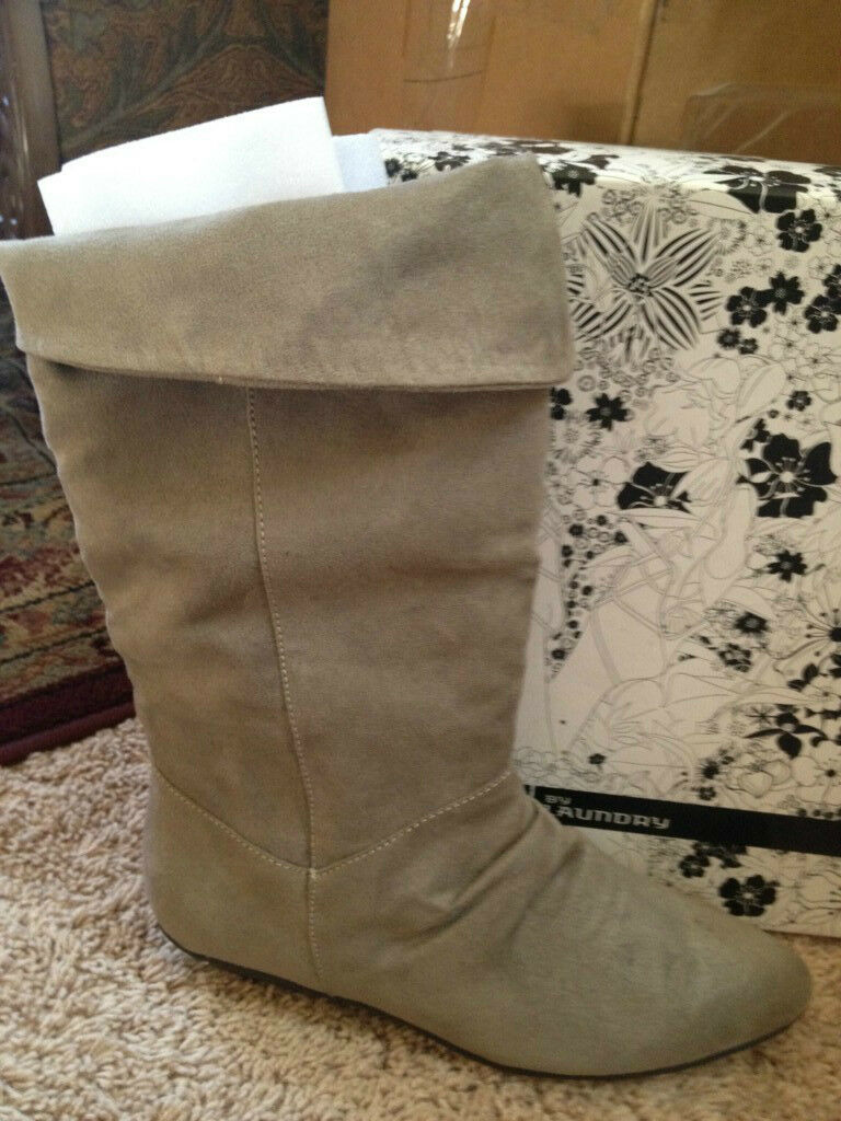 NIB CL by Laundry faux suede size 8 M Boots