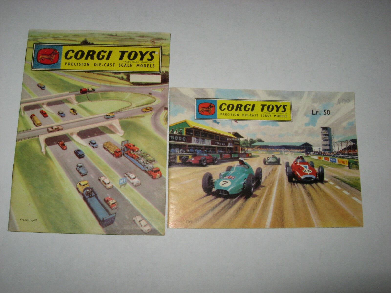 Corgi Toys Lot Of 2 Original Catalogs 1960 And 1961 Nice Condition
