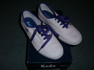 d9ee1a3e742d3 NEW Keds Champion Canvas WF34000 White with Purple Hearts Women s US ...
