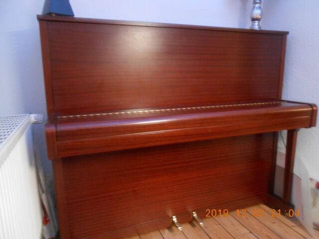 Klavier, Grotrian-Steinweg, Modell 110, Bj. 1980, Mahagoni, Höhe: 123cm, +Hocker