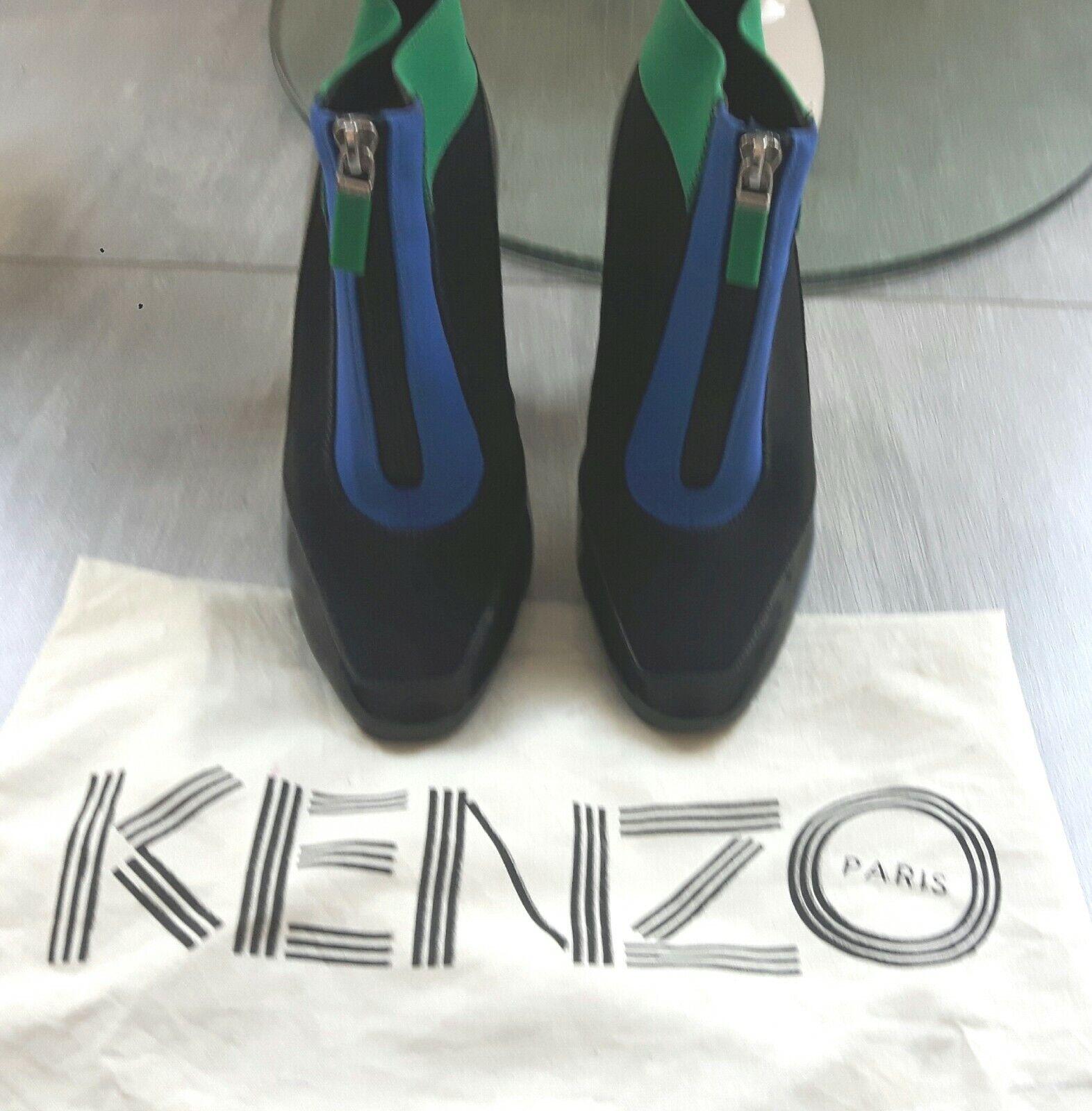 Bottines kenzo 36 en cuir verni noir et tissu neoprene noir, bleu et vert.