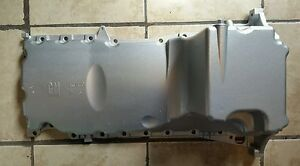 hummer h3 5 cylinder chevy colorado oem gm oil pan 12587315 a ebay. Black Bedroom Furniture Sets. Home Design Ideas