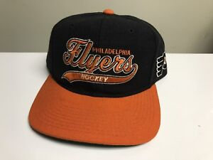 755726c7961 Image is loading Vintage-Philadelphia-Flyers-Starter-Script-Snapback-Hat -Cap-