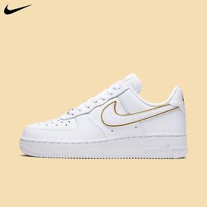 Nike Women's Air Force 1 '07 Essential