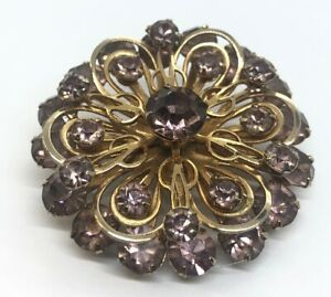 Vintage-Brooch-Pin-Gold-Tone-Purple-Rhinestone-Faux-Amethyst-Flower