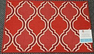 Kitchen Printed Accent Rug Nonskid Back 20 X33 Red White Quatrefoil Ibd Mb Ebay