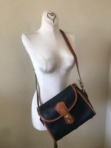 Vintage Dooney & Bourke ESSEX Crossbody Shoulder  bag Black &Tan Pebbled Leather