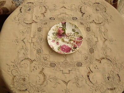 Vtg Linen -Antique Hand Embroidered Tablecloth w 4 Napkins Rose Grape COLLECTION