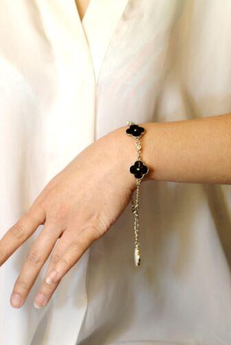 UN Bracelet Doré Double Coté Email Blanc Noir Luck Fleur Retro Class CT 7