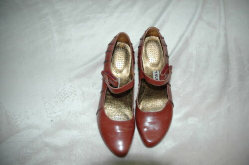 Tsubo Brown Leather Mary Jane Pumps, Size 8