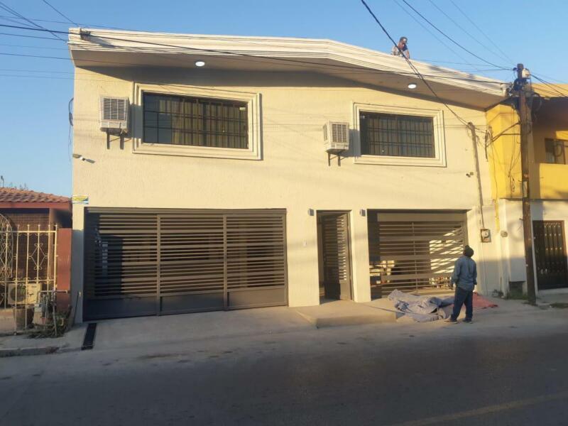 Casa en Venta en Cumbres, colonia Zapata (MFG)
