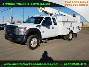 2013 Ford EXT Cab F-450 DRW XLT Altec Bucket Truck