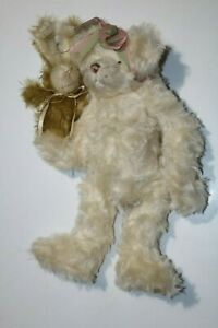 Grimes-Bears-By-Bear-Artist-Maria-Grimes-Mohair-with-Bunny-Hand-Puppet
