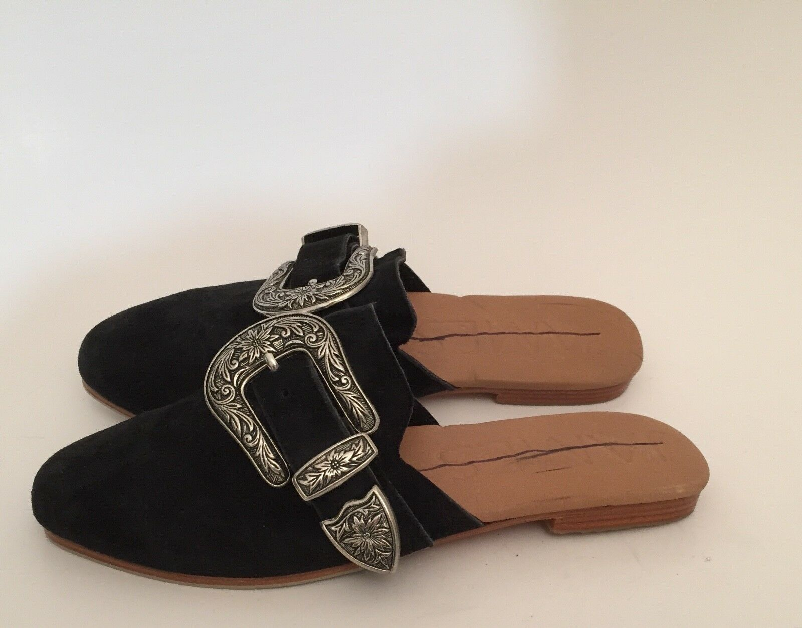 James Smith Luxe Black Suede Western Buckle Slip On Pointed Toe Mule Flats Sz 38