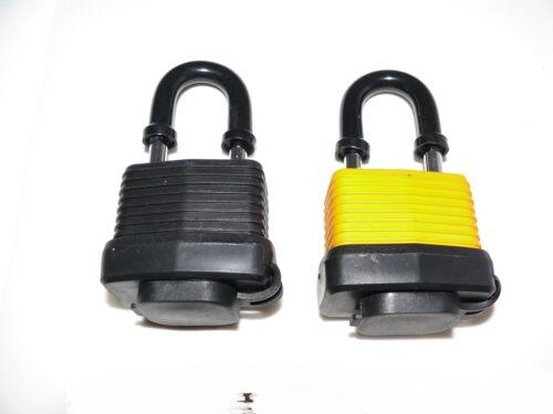 Geocache Geocaching very sneaky padlock cache