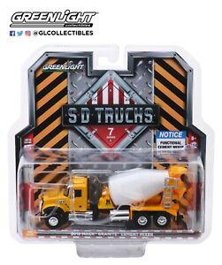 GreenLight-1-64-S-D-Trucks-Series-7-2019-Mack-Granite-Cement-Mixer-45070-B